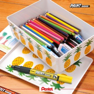 Bring more colour into your life and personalise your stuff. Paint Markers are perfect for almost all surfaces, such as glass, plastic, wood, cardboard, rubber tyre, metal and many more. Product: Paint Marker MMP20, available in 15 colours  #pentel #pentel_eu #pentelarts #pentelpaintmarker #DIY #paintmarker #lackmarker #homedeco #marker #permanentmarker #painting #ananas #pineapple #PentelDIY #doityourself #kreativ #creative